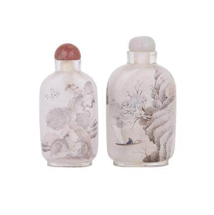 TWO INTERIOR PAINTED GLASS SNUFF BOTTLES BY YANG YUTIAN, CYCLICALLY DATED TO 1898 戊戌年 閆玉田作 玻璃內畫鼻煙壺兩件   Estimate: $400—600