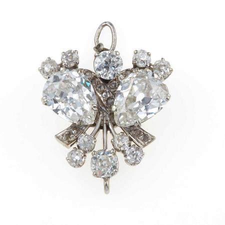 Fermezza con diamanti taglio goccia e diamanti di vecchio taglio,