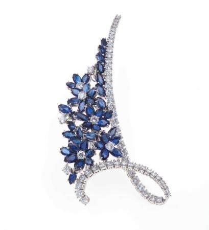 Spilla con diamanti e zaffiri,