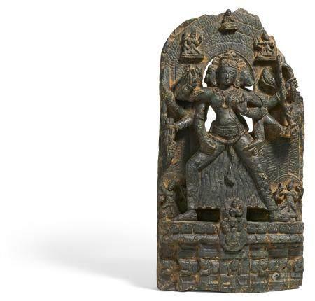Seltene Figur der buddhistischen Gottheit Marici