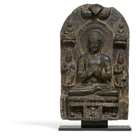 Seltener sitzender Vajrasana-Buddha