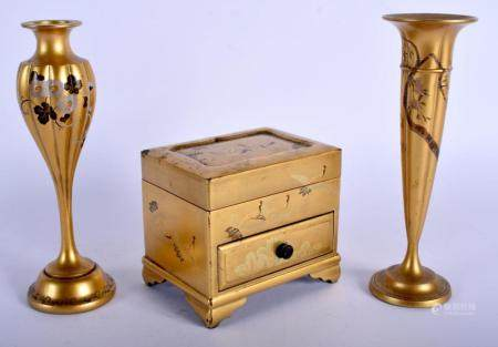 TWO EARLY 20TH CENTURY JAPANESE MEIJI PERIOD GOLD LACQUER VASES together with a similar box. Largest 17 cm high. (3)