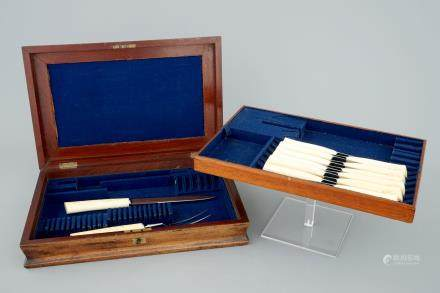 12 knives, a meat fork and knife with ivory handles, ca.1930, Congo, in box