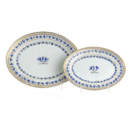 Two Chinese porcelain platters, Jiaqing