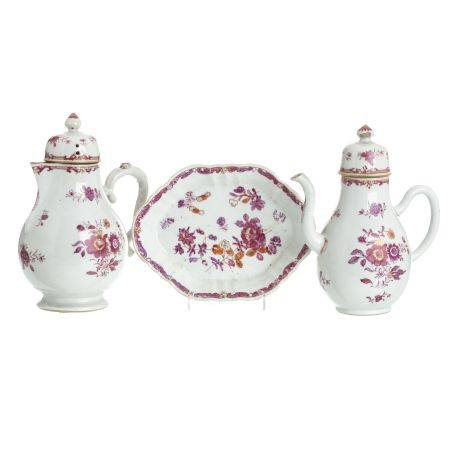Two jars and bowl in Chinese porcelain, Qianlong