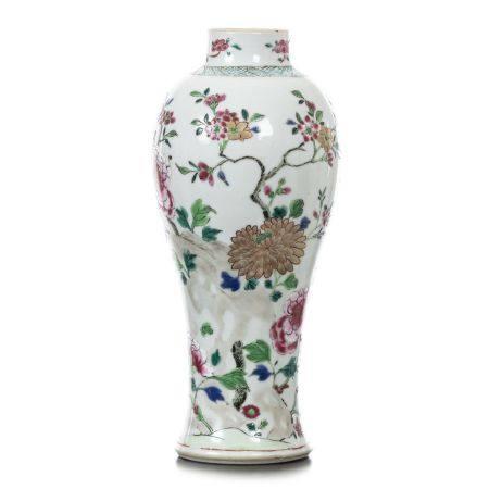 Porcelain pot from China, India Company