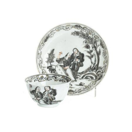 Euorpean subject Chinese porcelain saucer and cup, Qianlong
