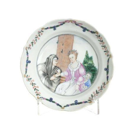 Chinese porcelain European subject saucer, Qianlong