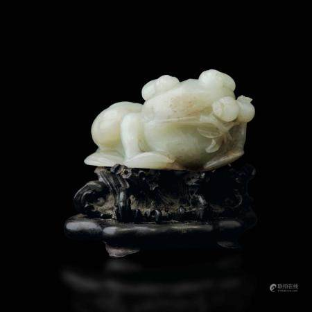 A carved jade frog, China, Qing Dynasty