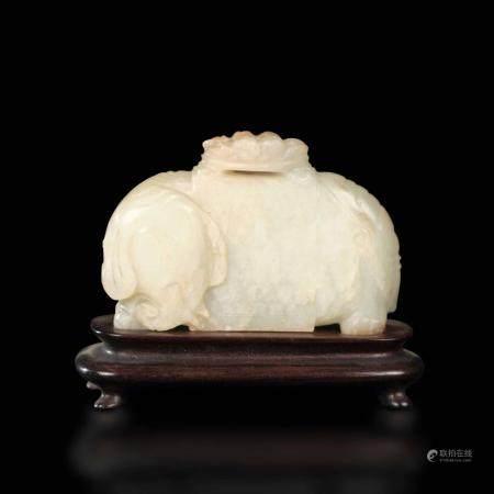 A white jade Elephant, China, Qing Dynasty