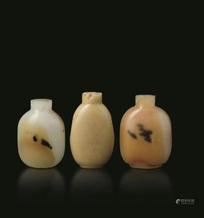 Three agate snuff bottles, China, Qing Dynasty
