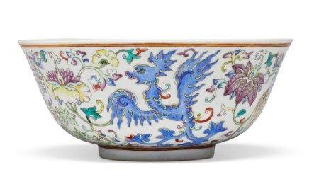 清光绪 粉彩凤凰花卉纹盌 六字楷书款 GUANGXU SIX-CHARACTER MARK IN UNDERGLAZE BLUE OF THE PERIOD (1875-1908)