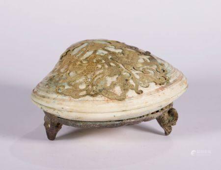 Tang Dynasty - Seashell with Gold and Silver Powder Box