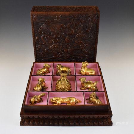 Qing Dynasty SET OF ANIMALS EFFIGIES GILT BRONZE PAPER WEIGHTS IN BOX