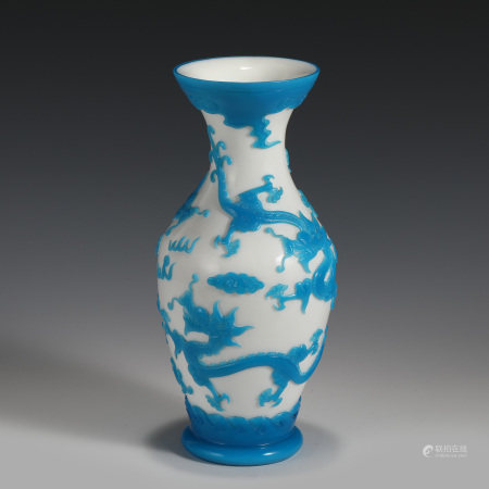 Qing Dynasty QIANLONG PEKING GLASS CARVED VASE
