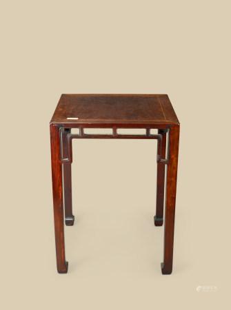 清代(1644~1911) 红木方桌