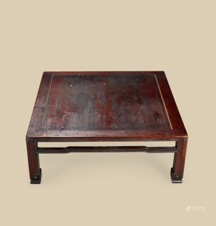 清代(1644~1911) 红木四方折迭桌