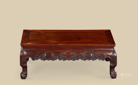清代(1644~1911) 红木四兽足长方桌