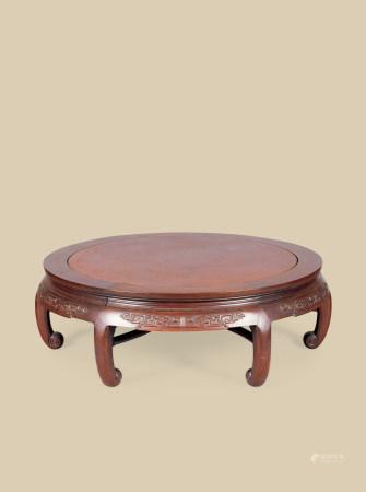 清代(1644~1911) 红木嵌瘿木面夔龙纹圆桌