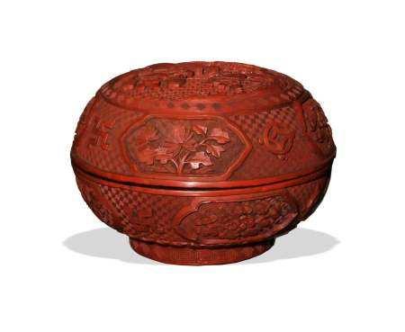 CHINESE CINNABAR BOX, 19TH CENTURY 十九世纪 剔红雕人物盒