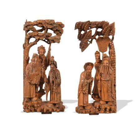 PAIR OF HUANGYANG WOOD CARVINGS, 19TH CENTURY 十九世纪 黄杨木雕人物结子一对