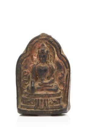 TIBET XIXe siècle Petite stèle votive tsatsa