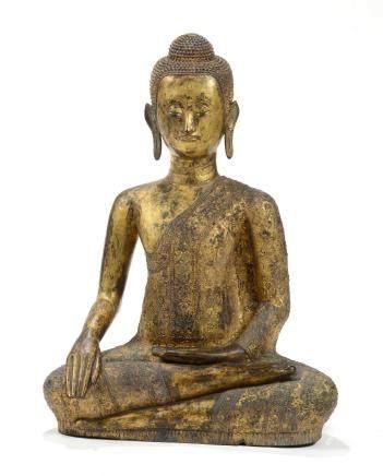 Siam, XVIIe-XVIIIe siècle. Bouddha en bronze doré