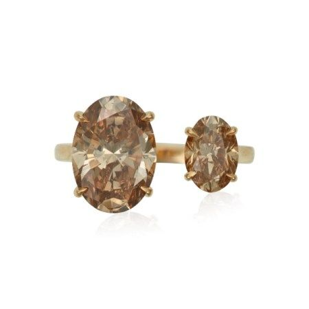 NO RESERVE   TWO-STONE COLORED DIAMOND RING