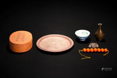 呉徳盛製 紫砂盒、盘、銅器 他 6件組
