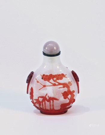 清乾隆芝麻地套红料梅兰竹菊鼻烟壶 A Chinese Glass Overlay Pine Bamboo Plum Snuff Bottle Qing Qianlong Period (1736-1795)