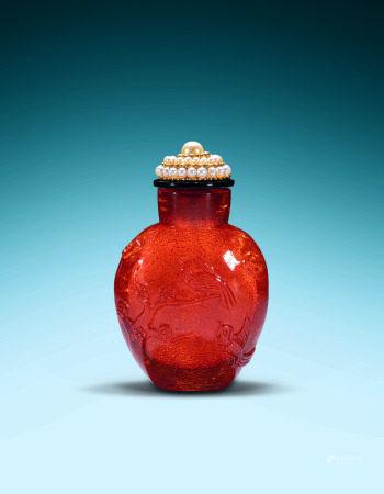 清乾隆宫廷珍珠盖金珀花鸟鼻烟壶 A Chinese Amber with Pearl Snuff Bottle Qing Qianlong Period(1736-1799)