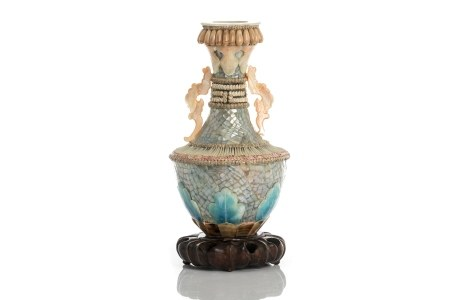 UNUSUAL VICTORIAN VASE WITH APPLIED PEARL & SHELL