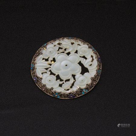 晚清 银掐丝填珐琅嵌玉花片胸针 A Jade Plaque and Enamel Inlaid Silver Filigree Brooch, Late Qing Dynasty
