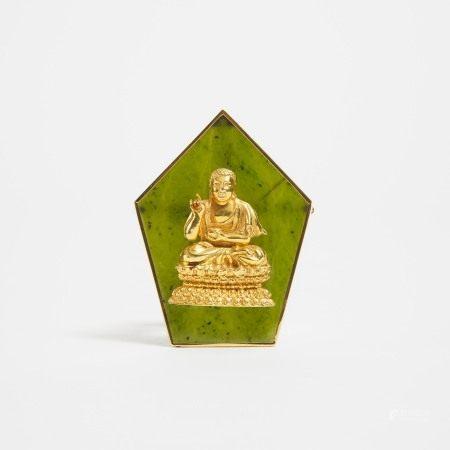 二十世纪 碧玉嵌18K金佛胸针 A Spinach Jade Brooch Mounted With a 18k Gold Buddha Figure