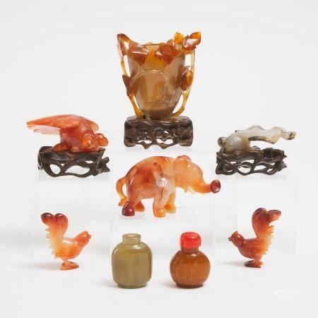 二十世纪中期 玛瑙雕一组八件 A Group of Eight Chinese Carnelian and Agate Carvings, Mid 20th Century