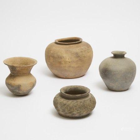 战国 印纹灰陶罐一组四件 A Group of Four Pottery Vessels, Warring States Period (475-221 BC)