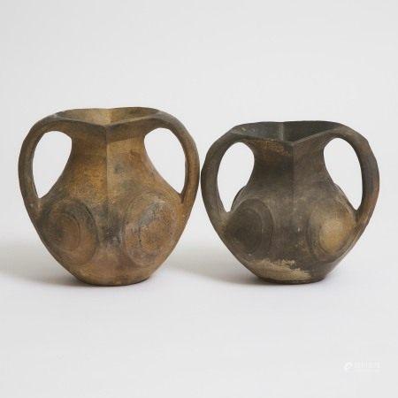 汉 黑陶双耳小罐一对 Two Small Black Pottery Amphorae, Han Dynasty (206 BC-220 AD)