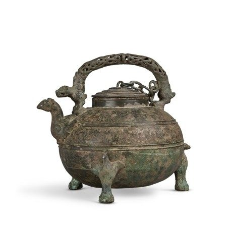 An archaic bronze wine vessel and cover (He), Eastern Zhou dynasty, Warring States period | 東周 戰國 青銅獸紋盉