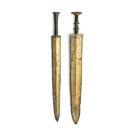 Two archaic gilt-bronze swords (Jian), Warring States period - Western Han dynasty | 戰國至西漢 銅鎏金龍紋劍及銅鎏金劍