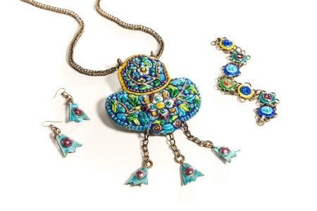 CHINESE SILVER & ENAMEL CANTON JEWELLERY SUITE