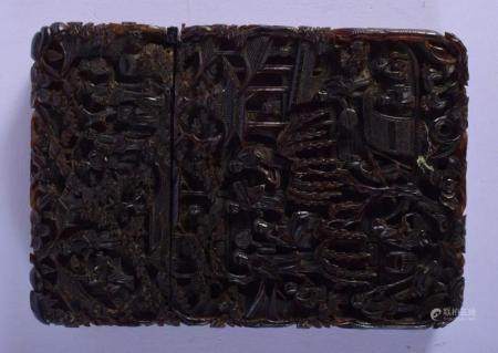 A LARGE 19TH CENTURY CHINESE CANTON TORTOISESHELL CARD CASE AND COVER Qing, decorated with figures in various pursuits. 12 cm x 8 cm.