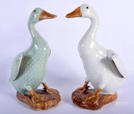 TWO EARLY 20TH CENTURY CHINESE PORCELAIN DUCKS. Largest 24 cm high. (2)
