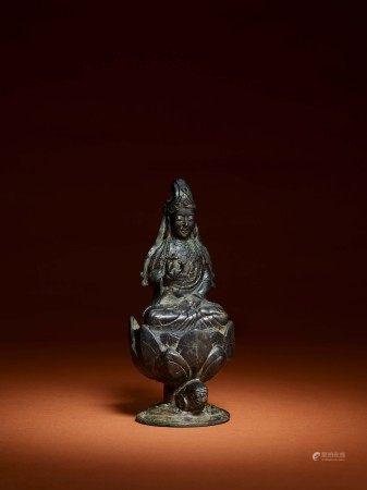 五代 銅觀音菩薩像