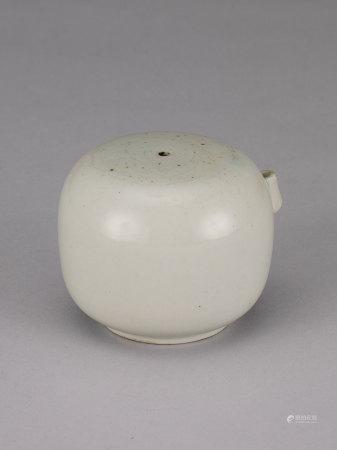 18 世紀 李朝白釉圓型水注