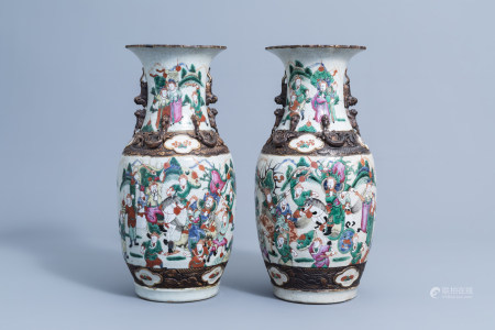 A pair of Chinese Nanking crackle glazed famille rose 'warrior' vases, 19th/20th C.