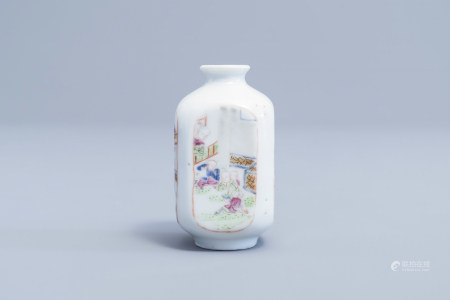 A quadrangular Chinese famille rose snuff bottle with playing boys, 19th C.