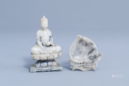 A Chinese soapstone figure of Buddha and a peach shaped brush washer, 19th/20th C.