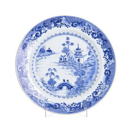 Large Chinese pagoda Porcelain Plate, Qianlong