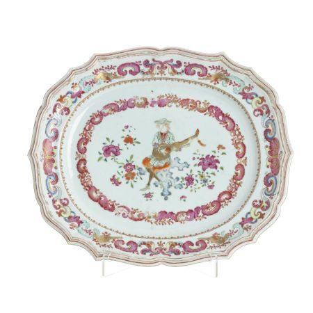 Chinese European subject Lute Player porcelain platter, Qianlong