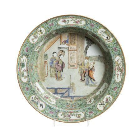 Large Chinese porcelain famille verte figural bowl, Jiaqing